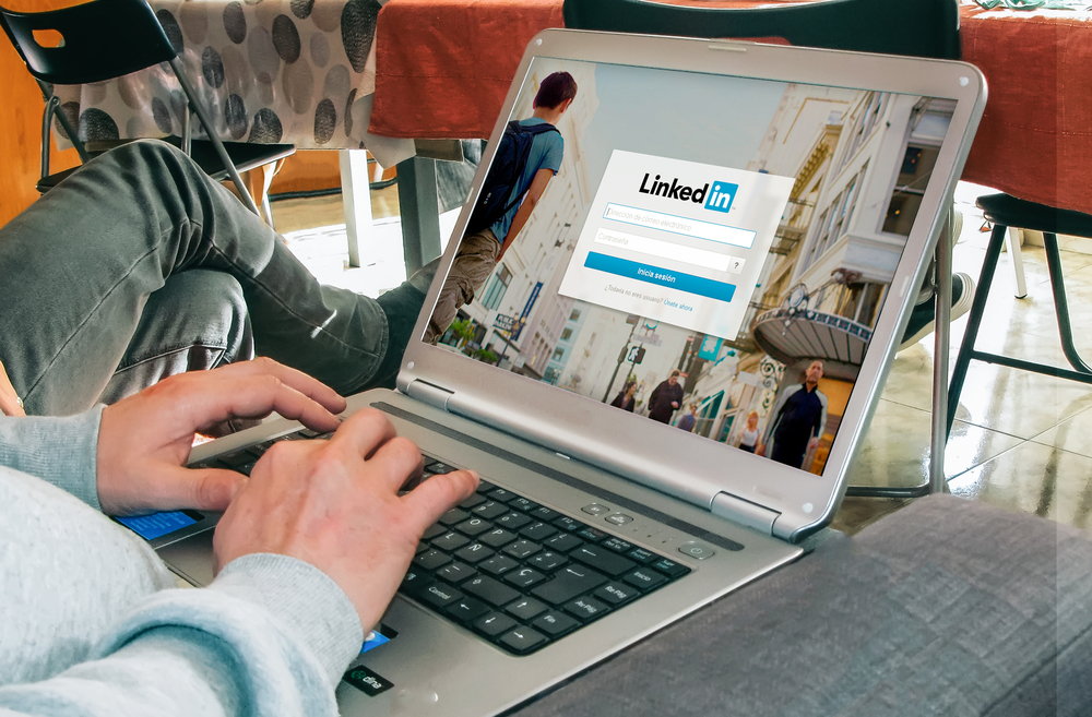 How to Promote Website Content on LinkedIn